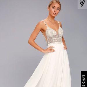 Lulus never worn wedding dress